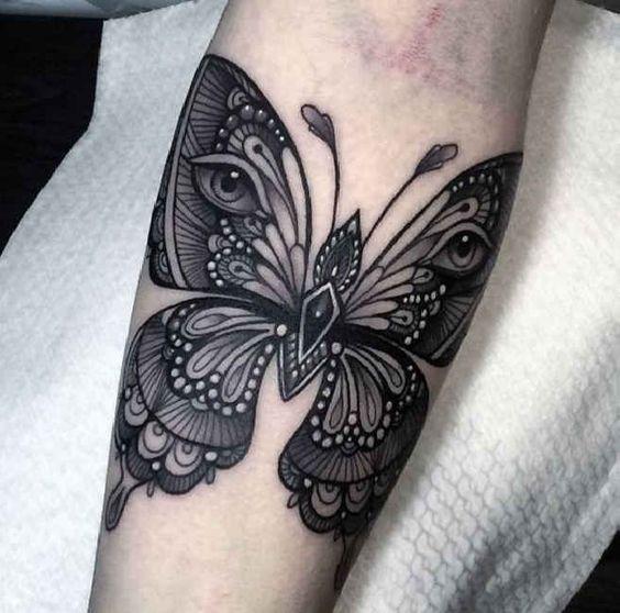 Tatouage Papillon Noir (2)