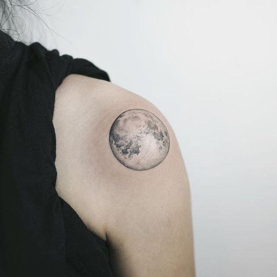 Tatouage Pleine Lune (2)