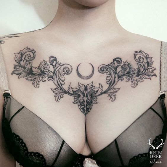 Tatouage Poitrine Femme (1)