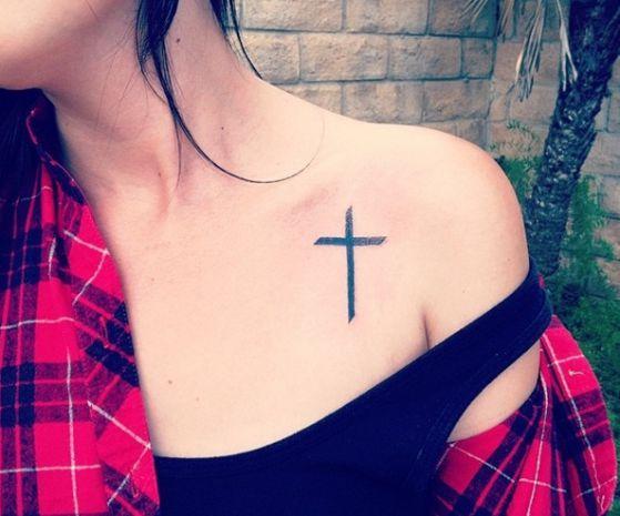 Tatouage Religieux Croix (1)