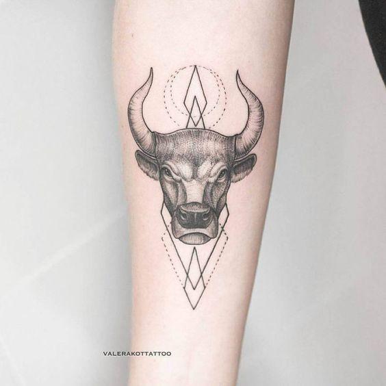 Tatouage Taureau Bras (2)