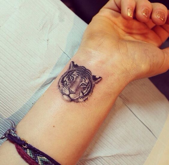 Tatouage Tigre Femme (4)