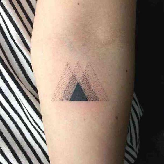 Tatouage Triangle (9)