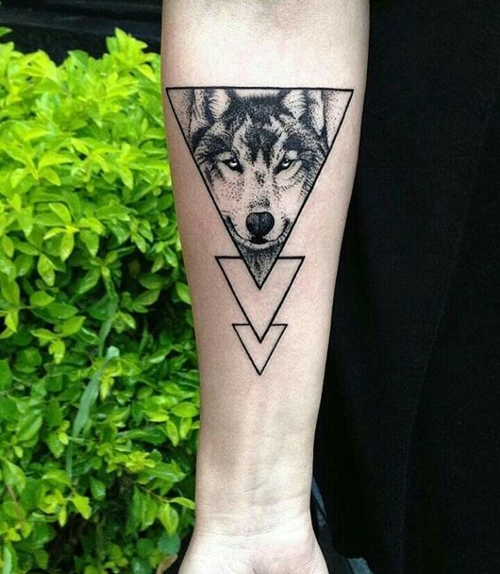 Tatouage Triangle Homme (8)