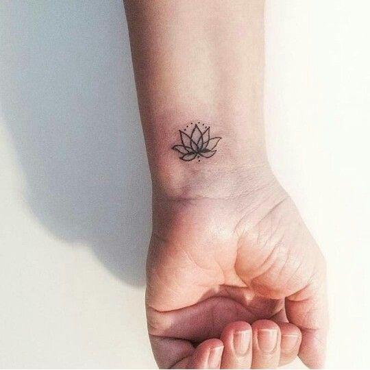 Tatouages Fleurs De Lotus (2)