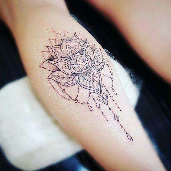 Tatouages Fleurs De Lotus (9)