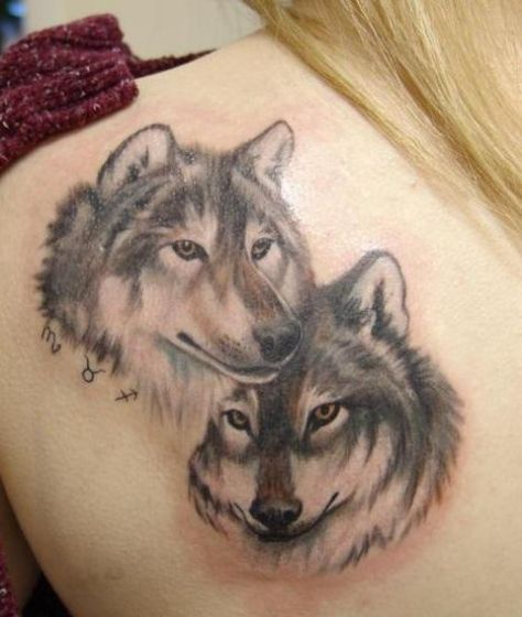 Tatouages Loup Femme (6)