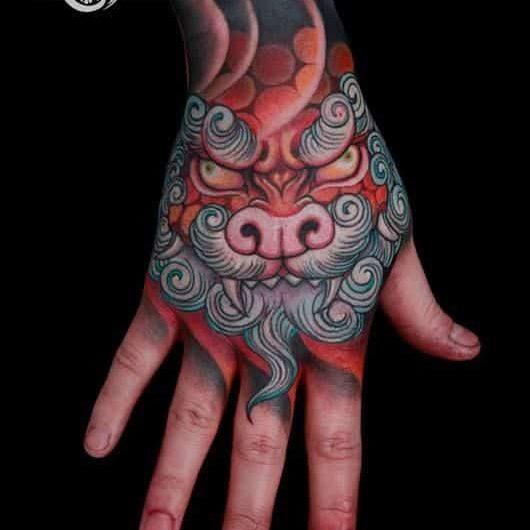 Tatuajes En La Mano Para Hombres (6)